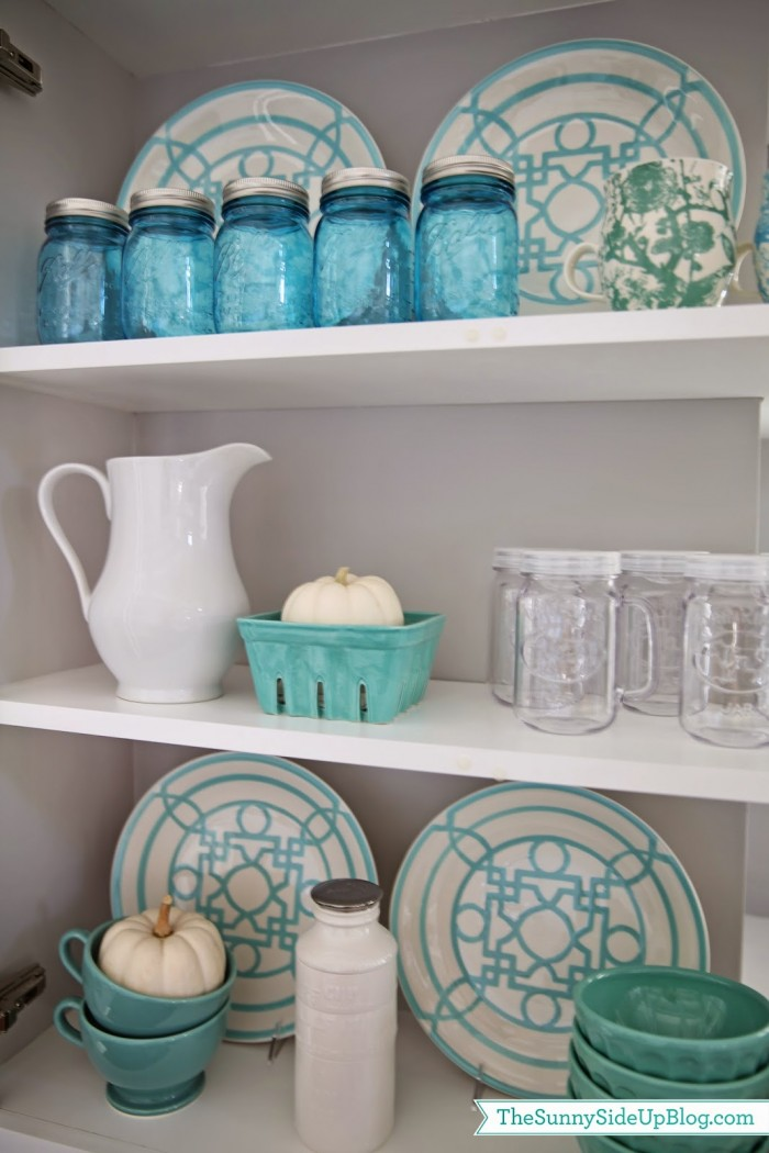 display dishes in the kitchen