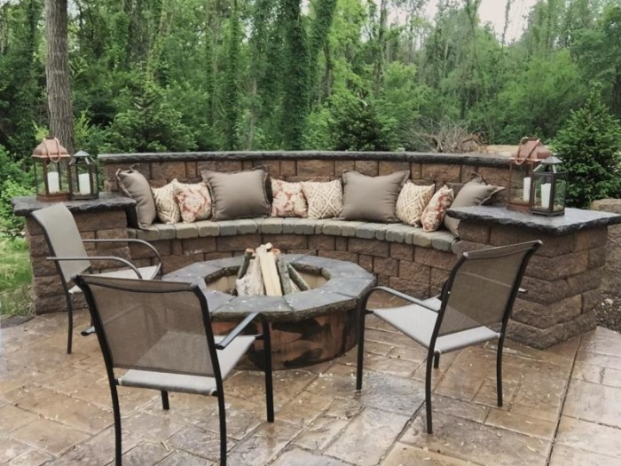 Inspired Space-Firepit Style - The Builder's Wife