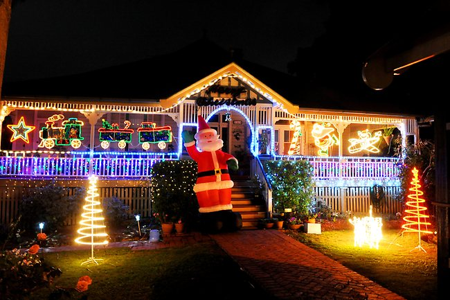 Safe Christmas Lighting Tips-With Bec Sparky