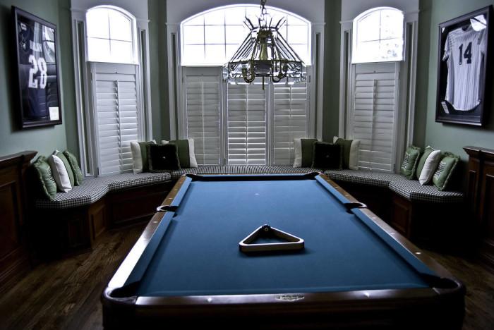 pool-room-27179-1900