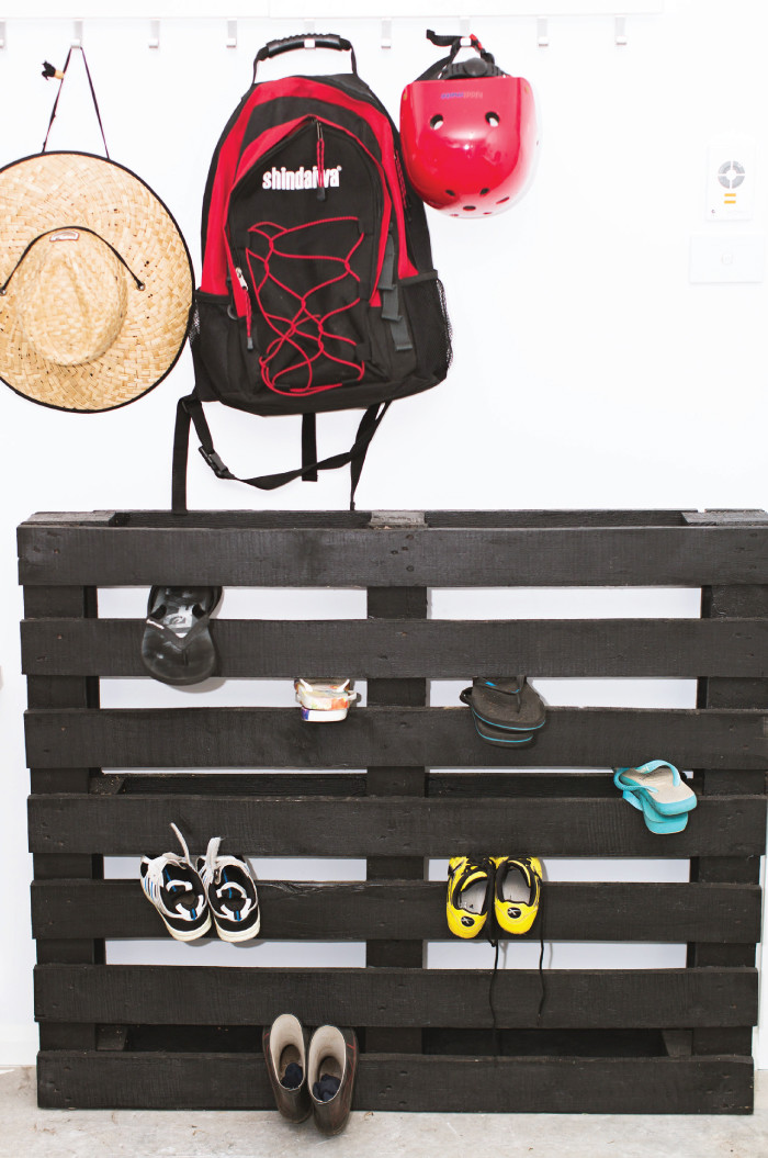 5. Tomfo-Yamba-Scandi-diy-shoe-pallet-rack