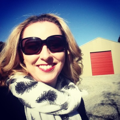 The Tradies Wife © Selfie at the shed