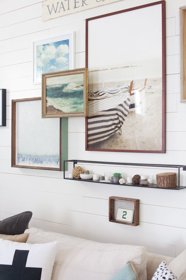 Gallery walls inspired space the builder 39 s wife for Picture gallery wall