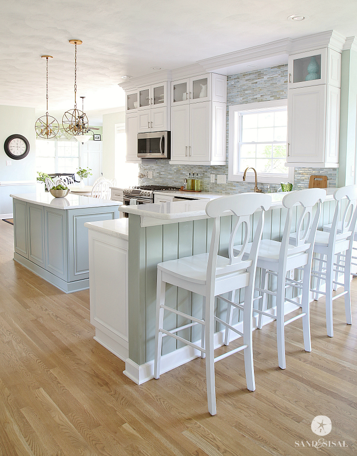 Coastal-Kitchen-Makeover-Sand-and-Sisal