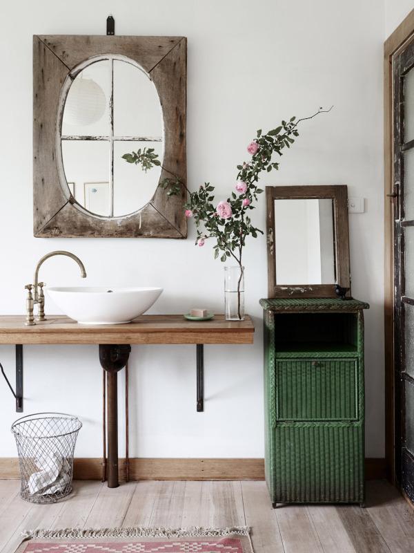 Farmhouse Bathrooms