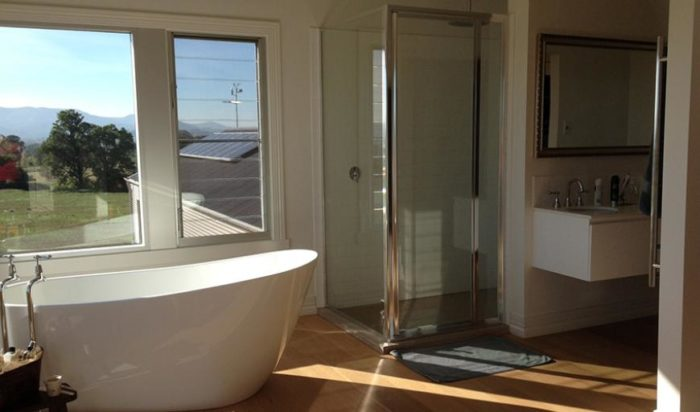 setwidth870-mudgee-bathroom-freestanding-bath-inspiration1