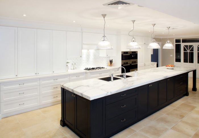 hamptons style kitchen hit the builder 39 s wife