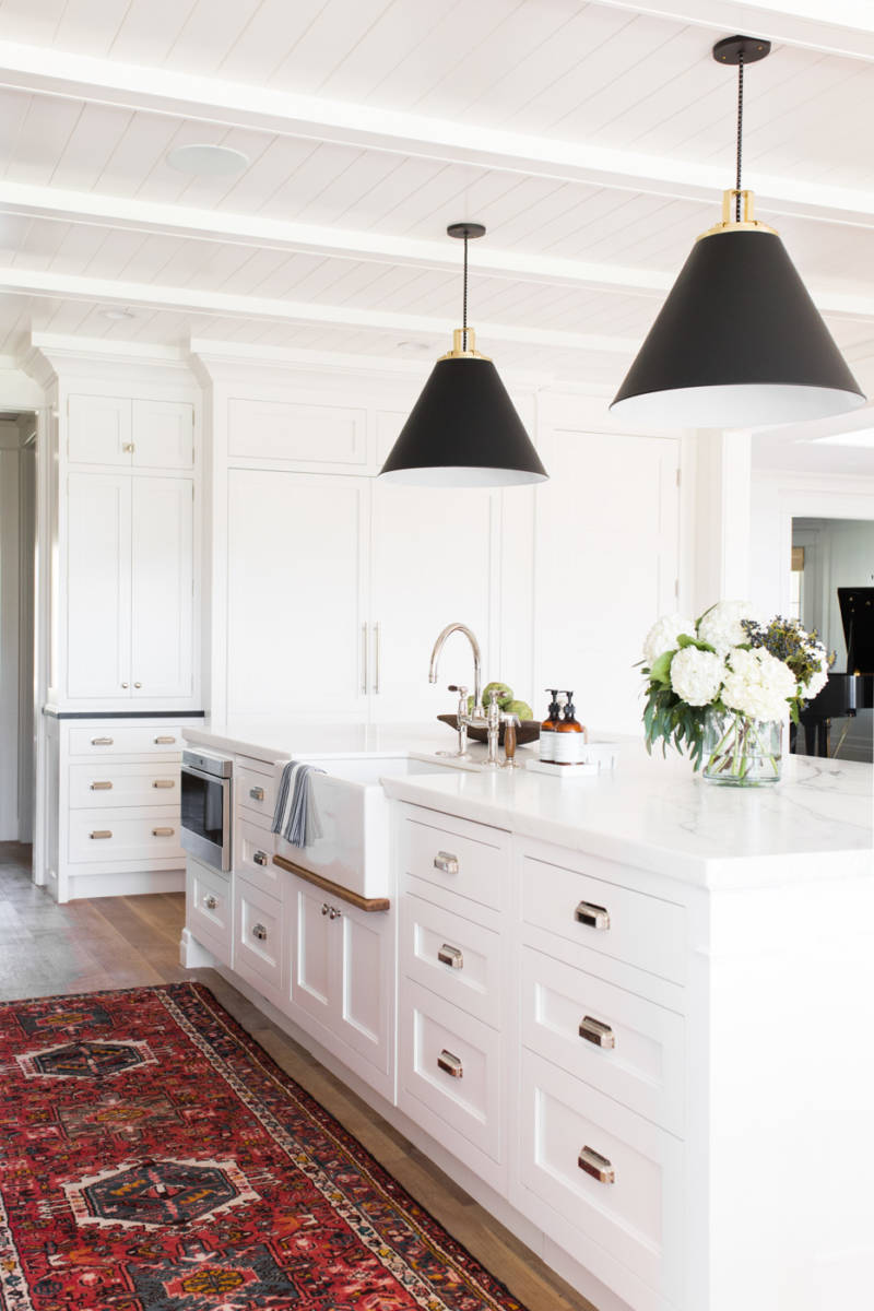 Bright white kitchens inspired space the builder 39 s wife for Farmhouse style kitchen rugs