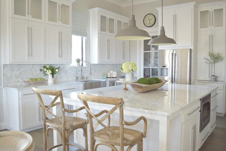 modern-white-kitchen-zdesignathome