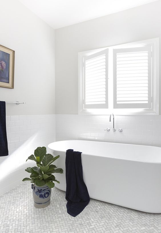 Hamptons Style Bathrooms - Inspired Space - The Builder's Wife