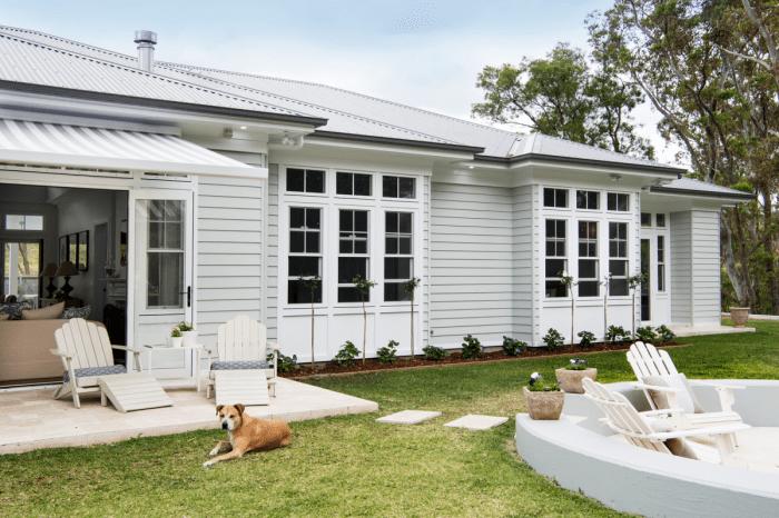 Australian Hamptons Style home Scyon linea weatherborad