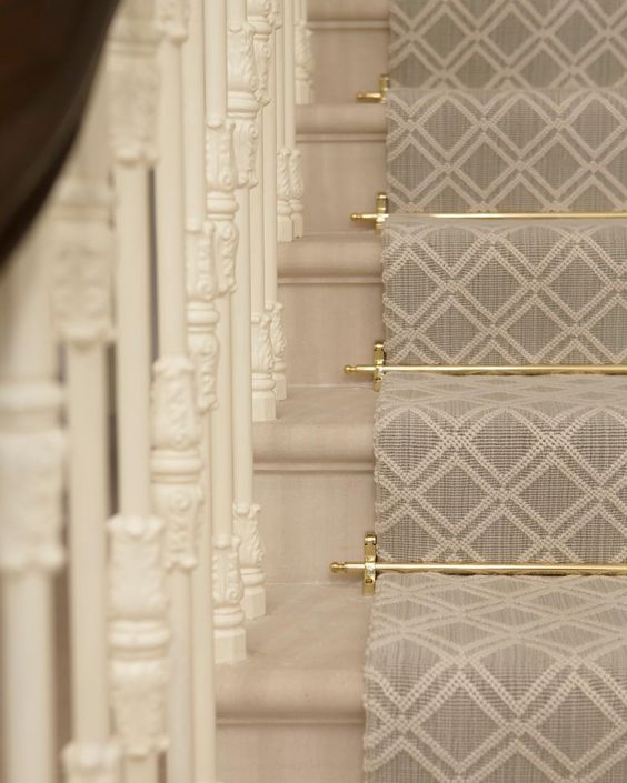 stair runner, rods