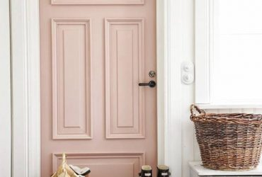 Coloured Front Doors – Spring Has Sprung!
