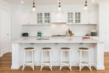 Essential Ingredients For A Hamptons Kitchen